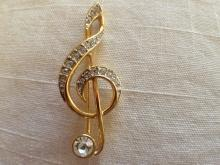 Vintage Music Note Rhinestone Gold Toned Pin